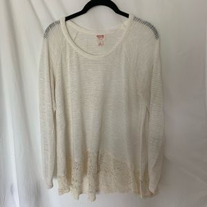 Beautiful sheer sweater from Mossimo